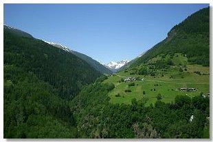 Alpi orobie for Piani di casa del fienile a una sola storia